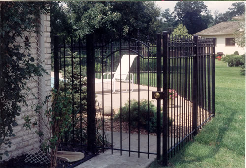 Standard fencing co inc gates